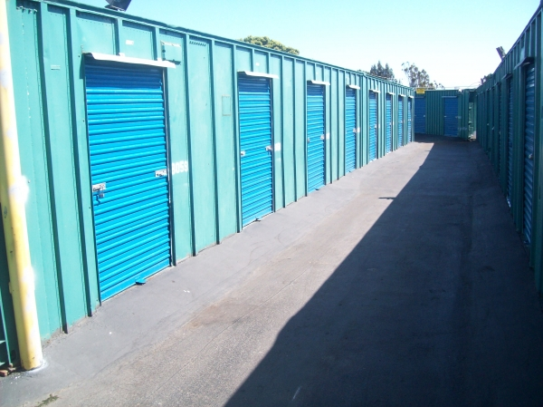19th Avenue Self Storage - Photo 2