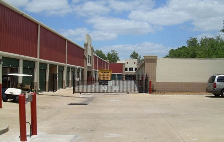 Hillsborough Avenue Self Storage - Photo 4