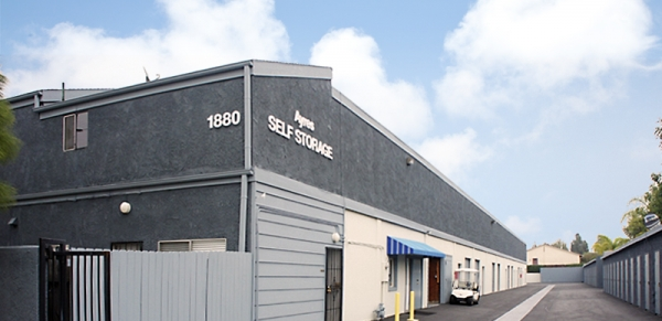 Ayres Self Storage - Costa Mesa - Photo 1