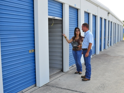 SafeStor Self Storage Winter Park - Photo 3