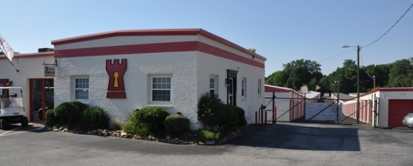 SecurCare Self Storage - Greensboro - W. Wendover Ave - Photo 3