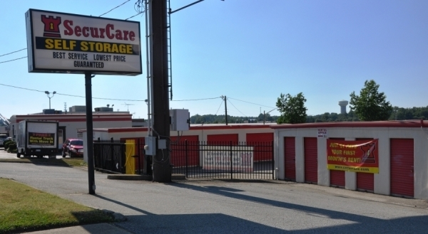 SecurCare Self Storage - Greensboro - W. Wendover Ave - Photo 2