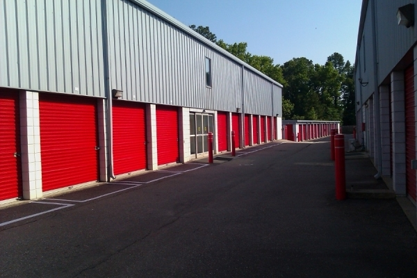 SecurCare Self Storage - Fayetteville - Bragg Blvd - Photo 3