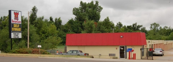 SecurCare Self Storage - Del City - N Sooner Rd - Photo 1