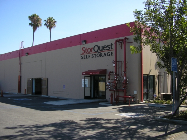 StorQuest Self Storage - Los Angeles - Photo 1