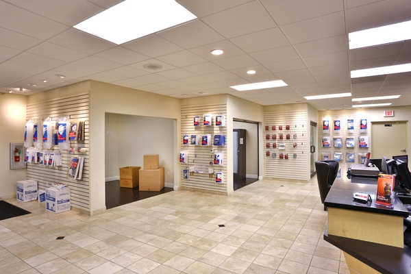 iStorage Moreno Valley - Photo 6
