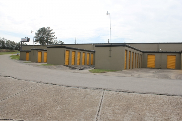 Storage King USA - Tallahassee - 942 Capital Circle SW - Photo 2