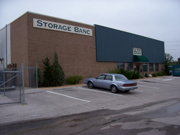 Storage Banc of Overland/Olivette - Photo 3