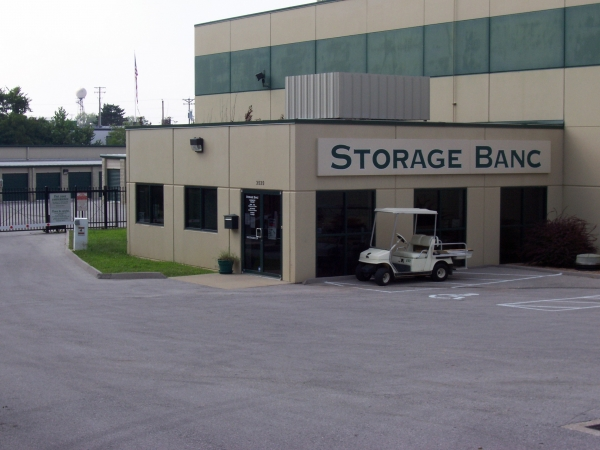 Storage Banc-St. Charles/St. Peters - Photo 1