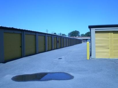Uncle Bob's Self Storage - Norfolk - 1213 E Brambleton Ave - Photo 1