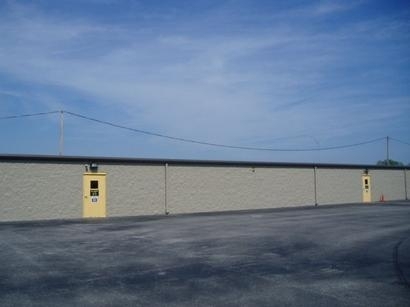 Uncle Bob's Self Storage - Cleveland - 4976 W 130th St - Photo 4