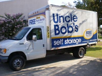 Uncle Bob's Self Storage - Lafayette - W Pinhook Rd - Photo 6