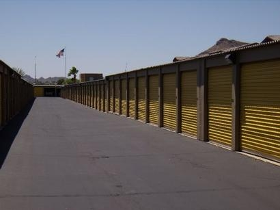 Uncle Bob's Self Storage - Phoenix - E Bell Rd - Photo 4