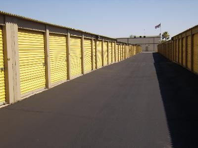 Uncle Bob's Self Storage - Phoenix - E Bell Rd - Photo 13
