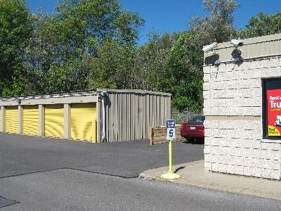 Uncle Bob's Self Storage - Cicero - Photo 9