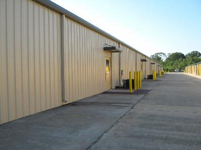 Uncle Bob's Self Storage - Broussard - Photo 5