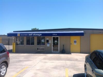 Uncle Bob's Self Storage - Broussard - Photo 1