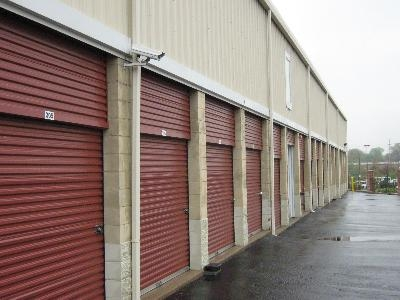 Uncle Bob's Self Storage - St Louis - Manchester Ave - Photo 10