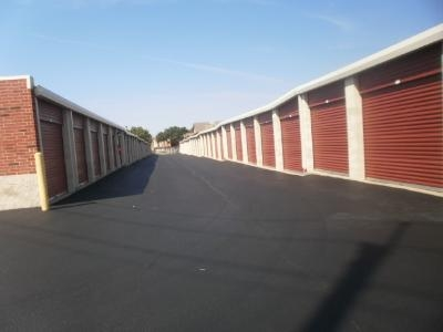 Uncle Bob's Self Storage - Fort Worth - 6050 Granbury Rd - Photo 5