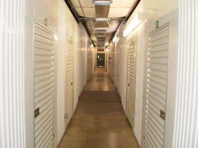Uncle Bob's Self Storage - San Antonio - 7550 Culebra Rd - Photo 7