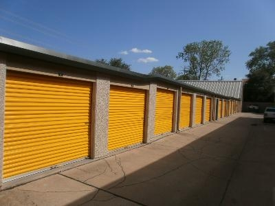 Uncle Bob's Self Storage - Dallas - Milton St - Photo 6