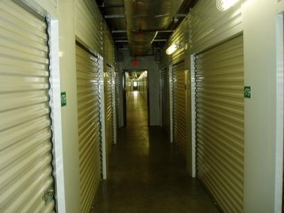 Uncle Bob's Self Storage - Columbus - 4735 Evanswood Dr - Photo 4