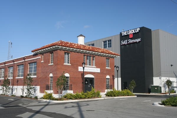 The Lock Up Storage Centers - Sarasota Downtown - Photo 1