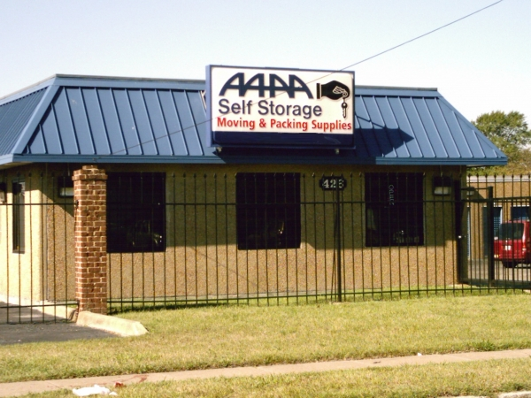 AAAA Self Storage - Portsmouth - Elm Ave. - Photo 1