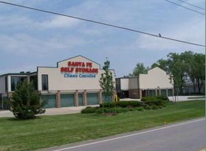 Santa Fe Storage - Photo 1