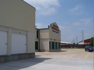 Santa Fe Storage - Photo 4
