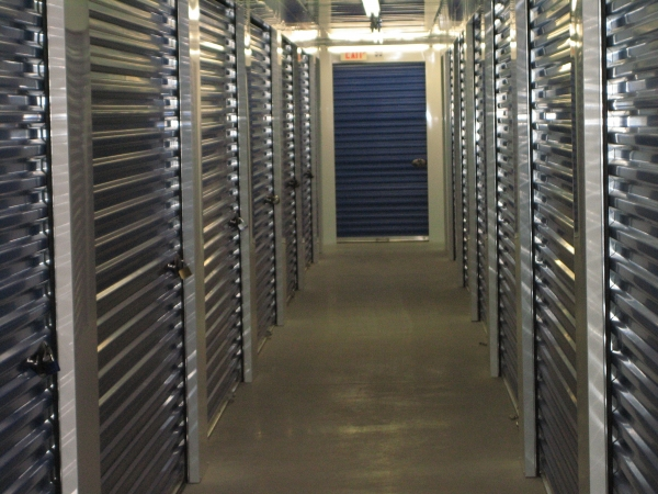 Hilltop Self Storage - Photo 3
