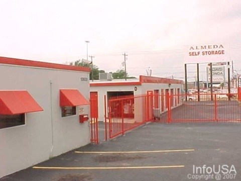 Almeda Self Storage - Photo 2