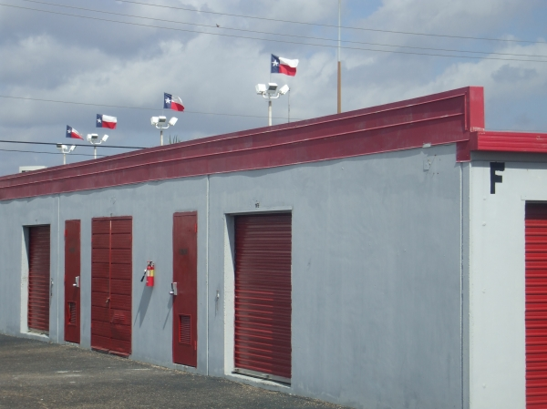Almeda Self Storage - Photo 5