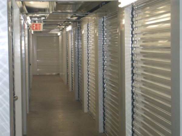 Red Bluff Self Storage - Photo 5