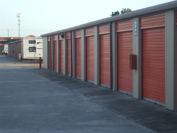 Red Bluff Self Storage - Photo 9