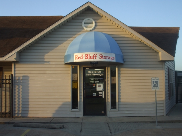 Red Bluff Self Storage - Photo 1