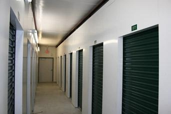 Self Storage Zone - Travis Ave - Photo 3