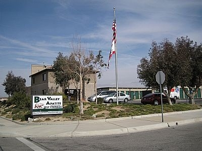 Bear Valley Apatite Self Storage - Photo 1