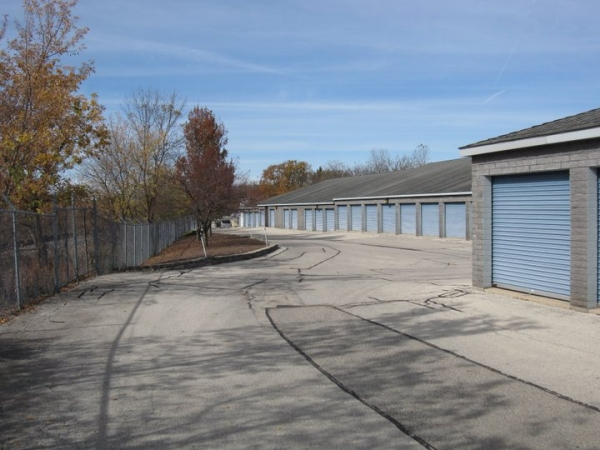 Brookfield Self Storage - Photo 9