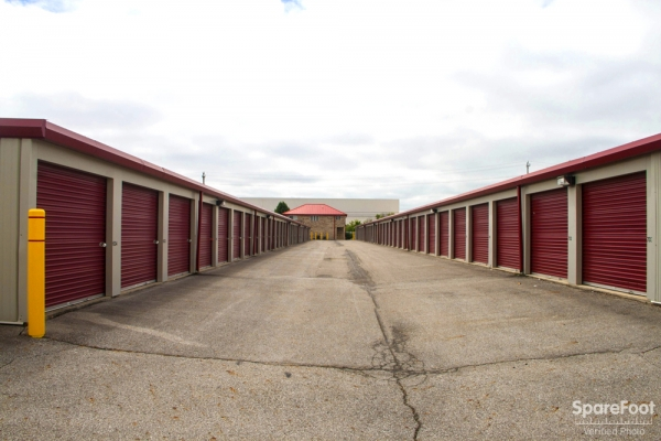 Security Self Storage - West - Photo 11