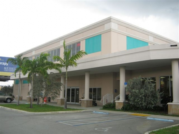 Sunshine Self Storage - Cooper City - Photo 2
