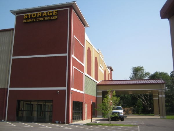 Sunshine Self Storage - Pensacola - Photo 2