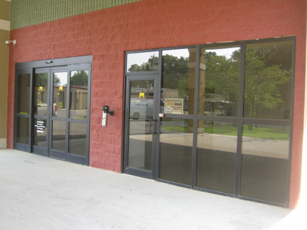 Sunshine Self Storage - Pensacola - Photo 9