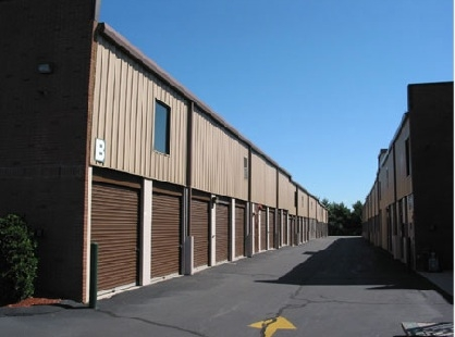 Burlington Self Storage - Burlington - Photo 4