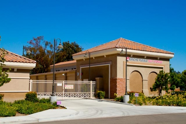 Rancho Pueblo Self Storage - Temecula - Photo 4