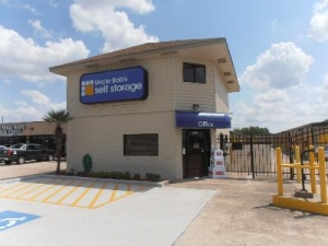 photo of Uncle Bob's Self Storage - Friendswood