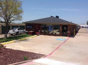 photo of Uncle Bob's Self Storage - Plano - 4005 W Plano Pky