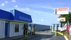Sentry Self Storage - Tampa, Florida - Photo 1