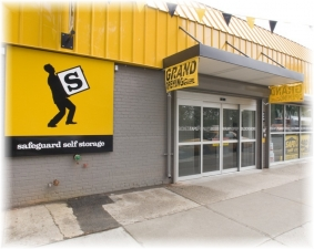 photo of Safeguard Self Storage - Astoria - Astoria Blvd