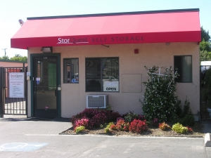 photo of StorQuest Self Storage - San Leandro